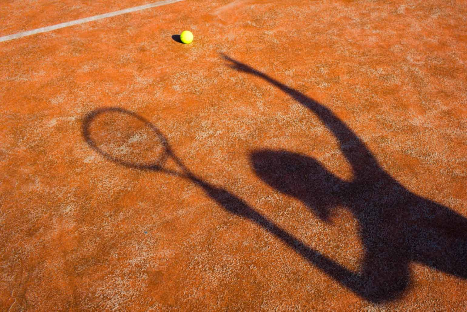 Expert Tips on Playing Tennis in Hot Summer
